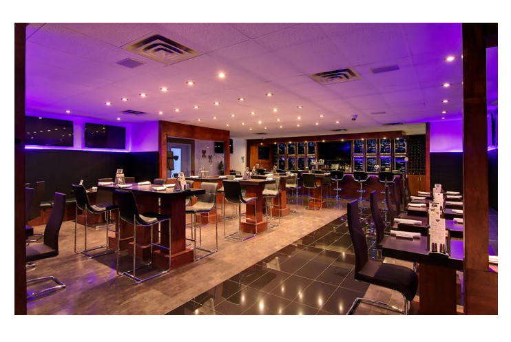 Draft Picks Sports Bistro_Taddeo_Entrance View from Doors